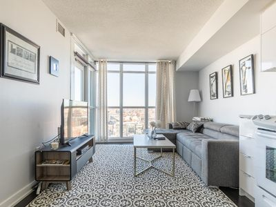 Photo for Simply Comfort. Glamorous Downtown Condo. 29 Floor