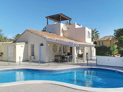 Photo for 4 bedroom Villa, sleeps 8 in Atamaría with Pool, Air Con and WiFi