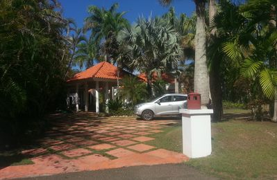 4BD Villa With Private Pool And Garden In Exclusive Oceanfront Residence
