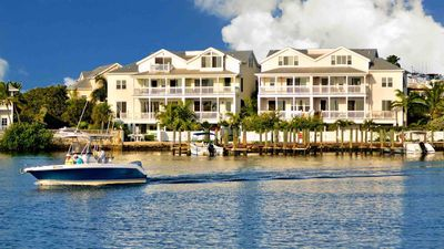 Photo for << THE COMMODORE'S MANOR @ PARADISE HARBOR >> Waterfront Home + LAST KEY SERVICE...