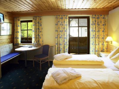 Photo for Standard Double Room - Ebner's Wohlfühlhotel Gasthof Hintersee