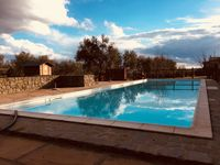 High spec villa, private and luxurious. Ideally located for recharging your batteries.