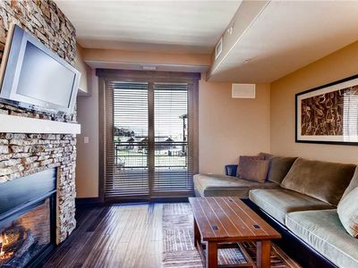 Photo for Beautiful Studio Unit w/Private Balcony, Onsite Outdoor Hot Tubs & Pool