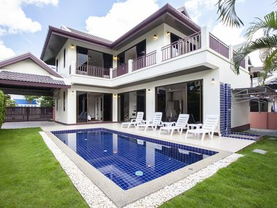 Photo for Pool villa hillside view near golf