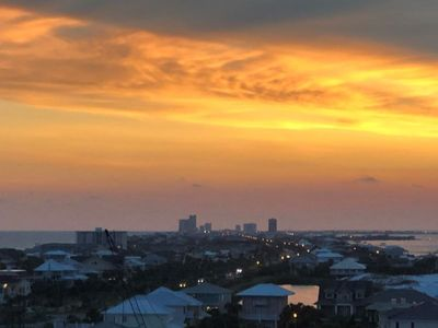 Photo for Gulf Front - Tower 5! Sunset Views!