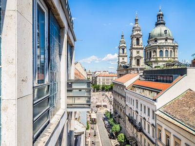 Photo for Basilica view Hercegprìmàs luxury apartment - Apartment for 6 people in Budapest