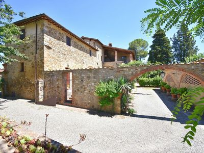 Photo for Villa Marie - Holiday Country House with private swimming pool near Siena, Tuscany
