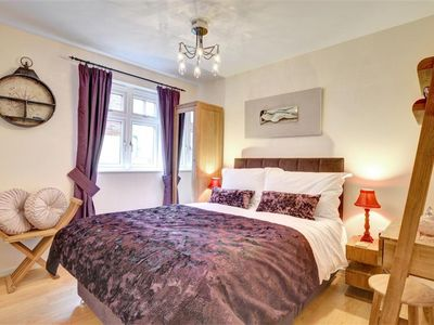 Photo for Sereno - Two Bedroom Apartment, Sleeps 4