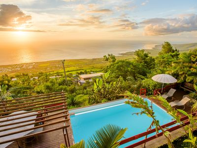 Photo for Re ... Ocean 'litchi' Charming 3-star bungalow with pool