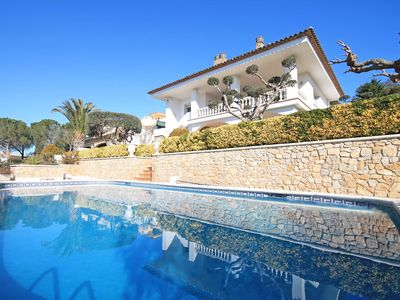 Photo for Catalina: Family villa with private pool for holidays in La Escala