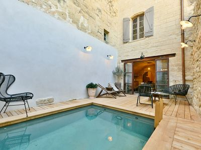 Photo for UZES HISTORIC CENTER: SUPERB XVIII HOUSE OF 100 M² WITH COURT