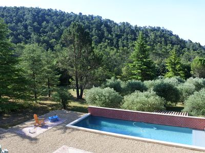 Photo for Indigo room, great guesthouse, quiet holidays in Provence, 35 mn from the sea
