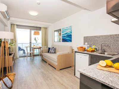 Photo for Apartment 3 people directly on the beach of the Costa Brava in Blanes