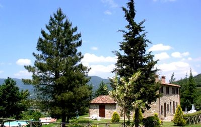 Photo for IN LA CASCINA DEGLI ALBERI - HOLIDAY HOME IN UMBRIA A - THE DA
