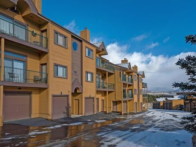 Photo for Two Bedroom Plus Loft with Awesome Views of Lake Dillon