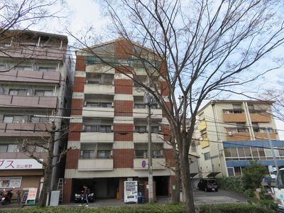 Photo for This apartment hotel faces Kitayama Dori in Kyoto.Take the city bus [North 1] from Kitaoji Station on the subway Karasuma Line and get off at [Jotokuji-mae] bus stop.