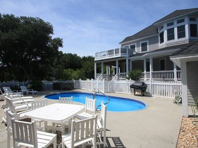Photo for 8th And Sound: 6 BR / 5 BA house in Corolla, Sleeps 18