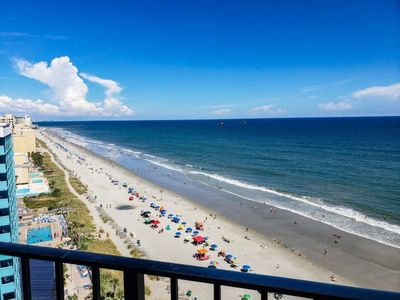 Photo for Oceanfront Condo~Palace 1404