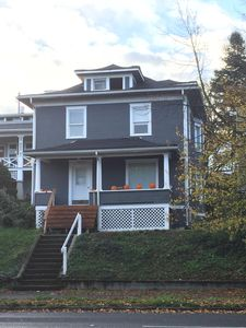 Photo for Charming Downtown Tacoma Home!!
