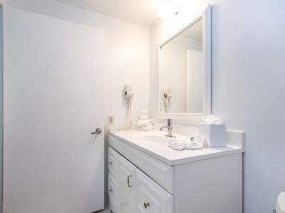 Photo for Brickell - Two-Bedroom Modern Suite City View - Sleeps 4 - RFH200