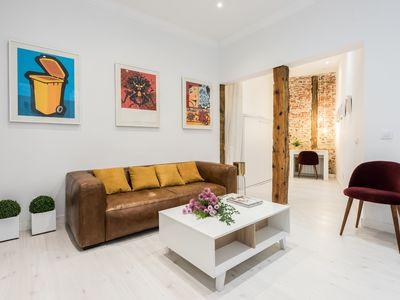 Photo for Cool apartment, silent and quiet next to the Plaza Mayor.
