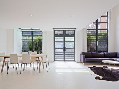 Photo for Chic 3 Bed 2 Bath Home in Bustling Shoreditch