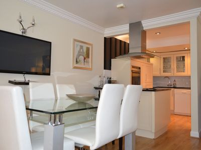 Photo for 4BR Apartment Vacation Rental in Edinburgh, Edinburgh
