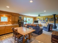 Perfect cozy home base minutes from skiing at Burke!