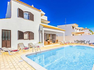 Photo for Villa Katy - spacious villa with private pool & Wi-Fi ideally located in Gale