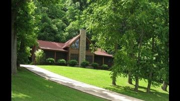 Private Lodge at Center Hill Lake