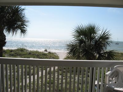 Gorgeous beach and ocean view right from the balcony!