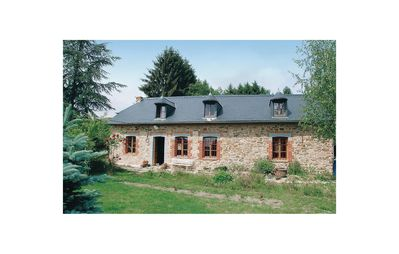 Photo for 4 bedroom accommodation in Mondrepuis