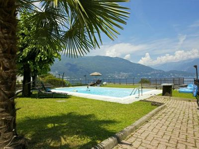 Photo for Tastefully furnished 2½-room apartment in a beautiful villa with pool