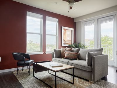 Photo for Sonder   Southtown Apartments   Rustic 2BR + Pool