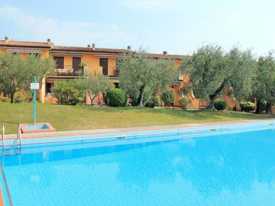 Photo for Apartment Anlage mit Pool (BDL600) in Bardolino - 4 persons, 1 bedrooms
