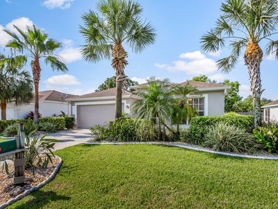 Photo for Gorgeous home w/ private pool and large backyard! Full kitchen & free WiFi!