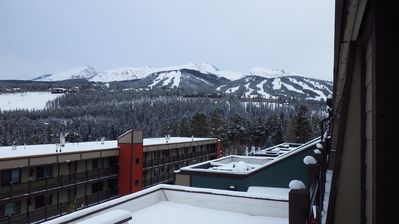 Photo for Ski & Racquet Club Condo, Top Floor with Easy Access to Slopes and Downtown