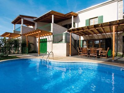 Photo for Modern villa w/ air conditioning and pool reach mainland by ferry