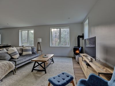Photo for Stunning Modern Farmhouse Style 3 Bed Home in Quechee VT - 5204