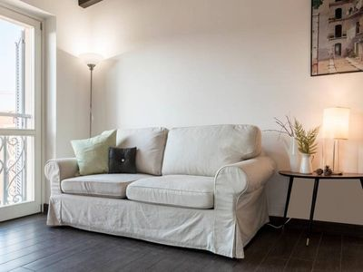 Photo for La Corte Milanese 3 apartment in Porta Romana with WiFi, air conditioning, balcony & lift.