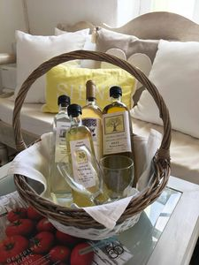 Welcome gift to our visitors. Organic wine, Limoncello, Tsipouro and olive oil from our orchard. (It depends on  the days of residence)