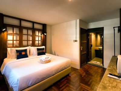 Photo for Pak Ping the Cozy Living in Chiang Mai: Deluxe Room 2 People, Sunday Walking St.
