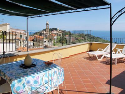 Photo for Apartment Villa Le Sorelle (PGI204) in Imperia Poggi - 4 persons, 1 bedrooms