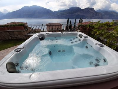 Photo for LUXURY HOLIDAY WITH JACUZZI HEATED LAKE VIEW