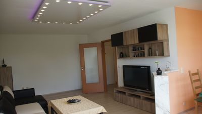 "Photo for 80m² Brand new very bright 3 room apartment ""Sternenhimmel"" close to the center"
