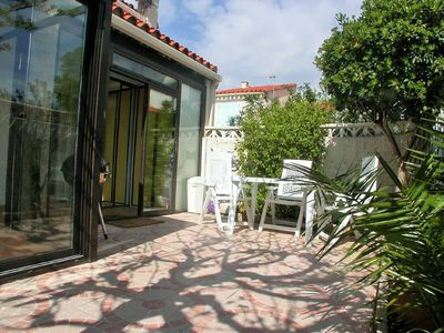 Photo for Air-conditioned villa for 6 people 800 m from the beach