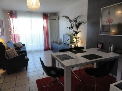 Photo for Cozy Apartment near Moutain Ste Victoire and Aix-enProvence