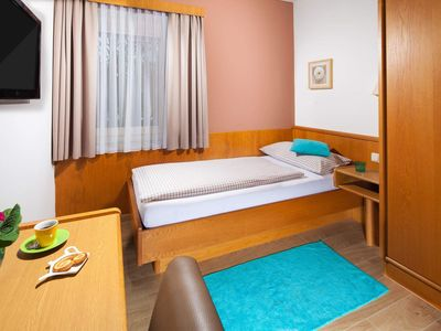 Photo for Single room with shower, WC, non-smoking - Auwirt, Hotel Apartment