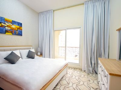 Photo for 1 BR with parking Dubai Silicon Oasis