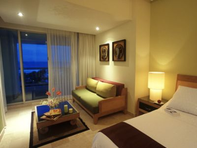 Photo for ACAPULCO MAYAN PALACE MR ROOM VIDANTA